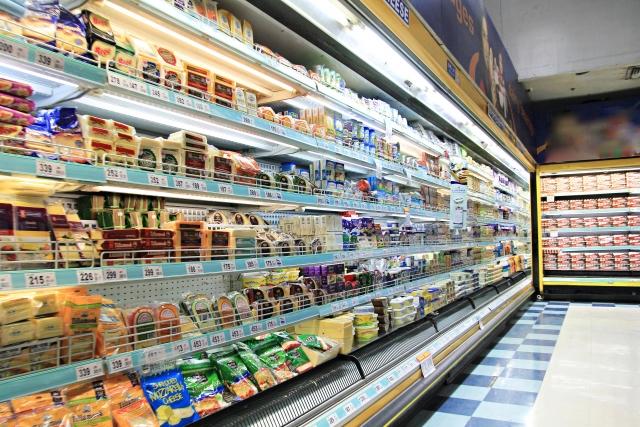 スーパーの食料品